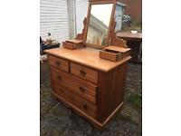 Lovely pine dresser with drawers