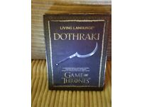 GAME OF THRONES! LIVING LANGUAGE DOTHRAKI AND MAP OF WESTEROS AND MAGNET SET! COLLECTORS ITEMS!