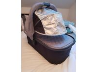 Uppababy Vista 2015 Bassinet (Pascal Grey) - Used but in good condition