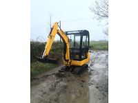 Mini digger jcb 8014 for sale or hire £70 call 07999497469