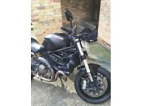 Ducati monster 821 dark, 2015 reg., 15.000miles,excellent conditions, 7.000 pounds