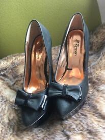 Jane Norman Heels Size 4