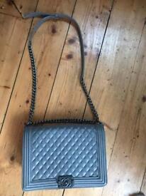 Chanel handbag Le boy