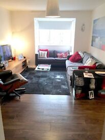 2 bed in SW18 for 2 bed with garden anywhere in London