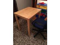 ****CHAIR AND DESK SET!!!!