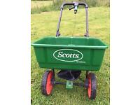 Lawn rotary fertiliser seed spreader