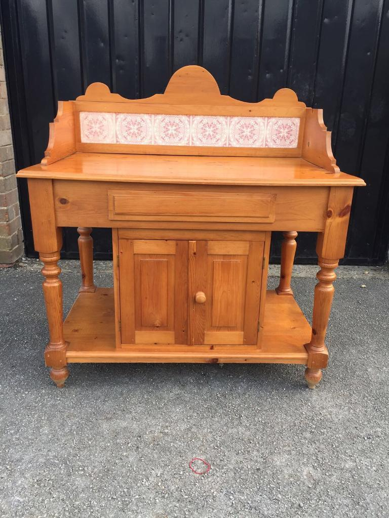 Pine washstand (delivery available)