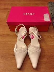 !!REDUCED!! Wedding shoes brand new in box