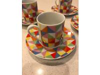 Set of 4 Espresso Cups & Saucers