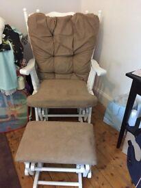 Glider nursing chair