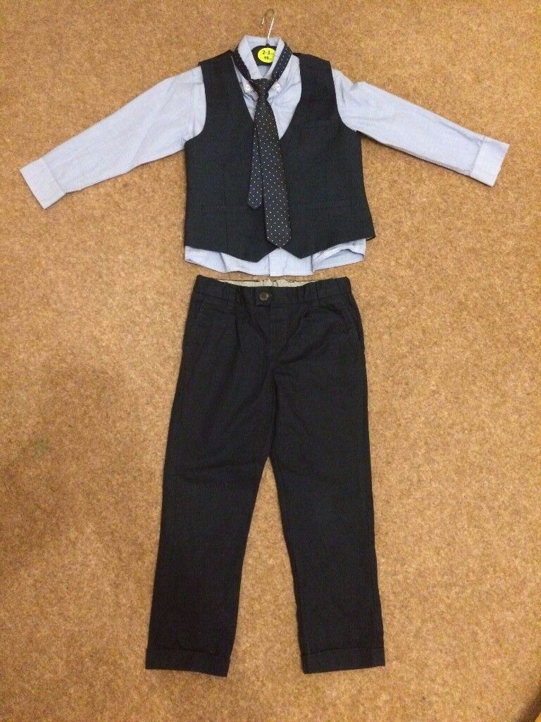 Boy's shirt, tie, waist coat and trousers set (AGE 3-4)