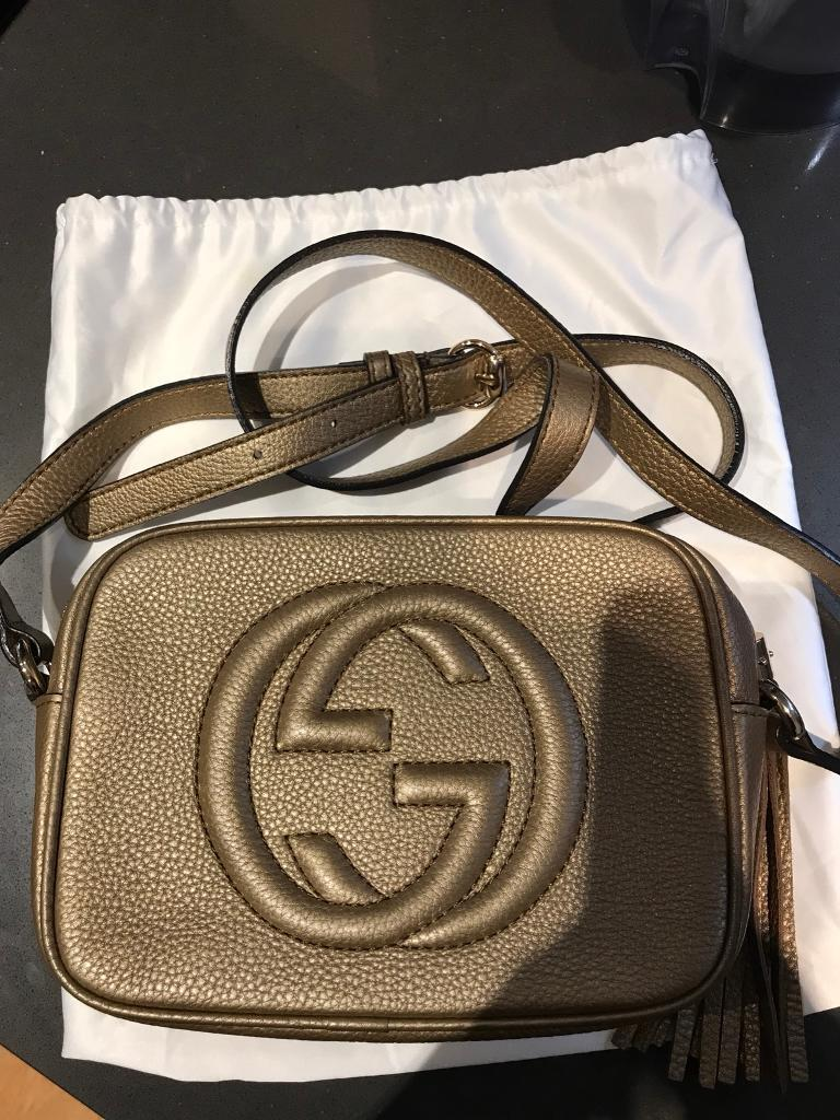 ae2d9a11db5 Gucci Soho small leather disco bag gold