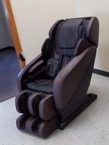 BRAND NEW 3D MASSAGE CHAIR ZERO GRAVITY RECLINER FURNITURE LIST PRICE 5995.00 $$