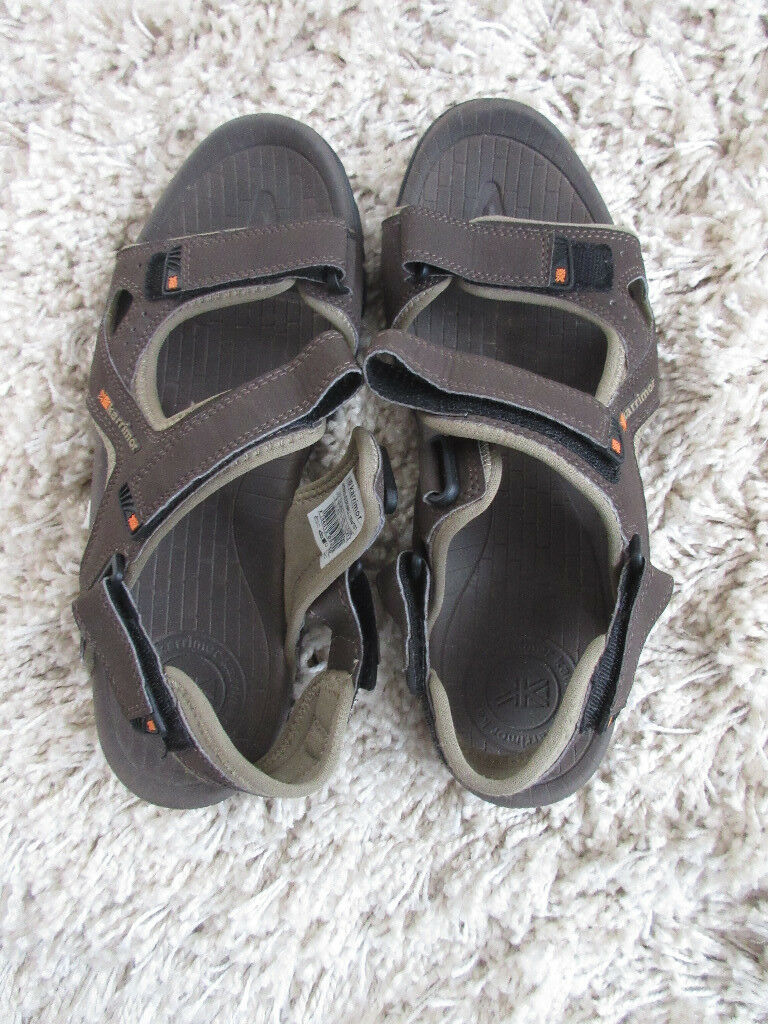 ***NEW*** Karimor Sandals. size 9