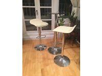 Bar stools & glass table - beautiful set!