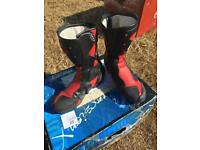 Sidi boots (10) hardly any wear to sole come with Tightening key