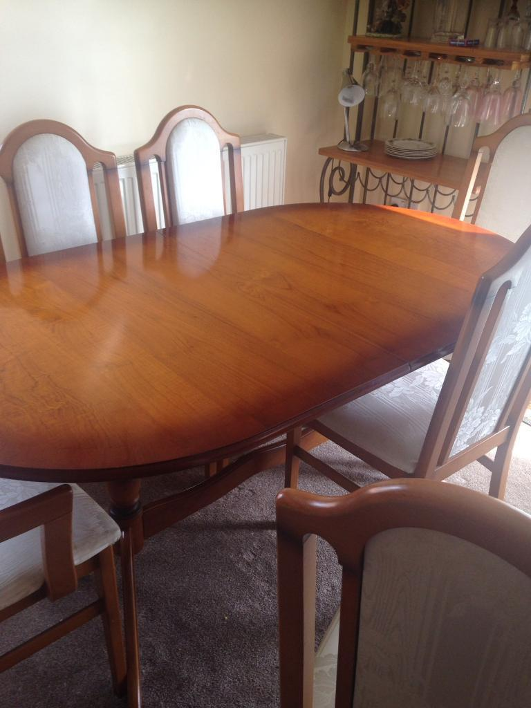 Extendable table & 6 chairs- £80 collect Po13