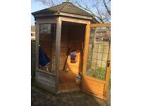 Garden summer house great condition