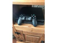 Sony playstation 4 500gb 4 games. virtually un used and boxed