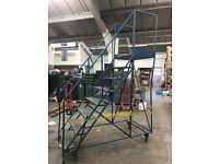 Warehouse Industrial Mobile Safety 7 Steps Tread Platform Rolling Ladder