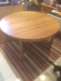 Ikea expanding circular table