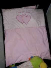 Swinging large crib cradle with drape and bumper%cover set pink
