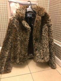 Faux fur leopard print jacket size 12 peacocks, worn few times