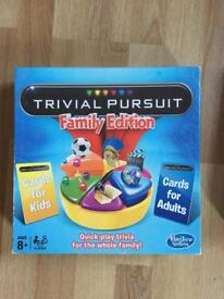 FAMILY TRIVIAL PURSUIT - GREAT CONDITION BOARD GAME