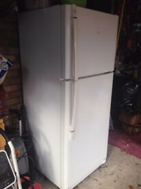 LG FRIDGE FREEZER BIG CAPACITY