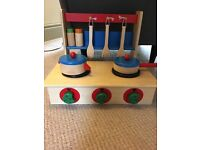 Wooden toy cooker