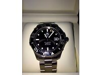 PRICE DROP !!! TAG HEUER Caliber 5 , 300m . Excellent condition , Includes paperwork and Box etc.