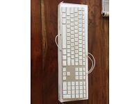 Apple 🍎 keyboard! Come gettttt it!