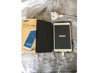Samsung Galaxy Tab 4 . 8 GB