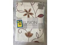BRAND NEW king size bed spread