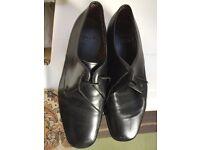 Men's shoes cushy humbers