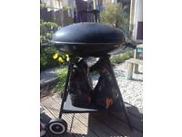 New Oval Kettle BBQ - never been used