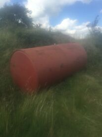 600 Gallon oil tank