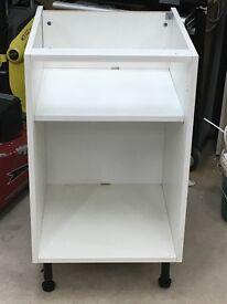 500mm white kitchen base unit with shelf (B&Q) in great condition