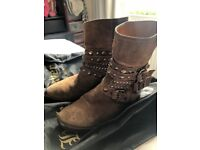 Russell&Bromley second hand boots