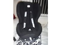 Two car seats 9-18 Kgms