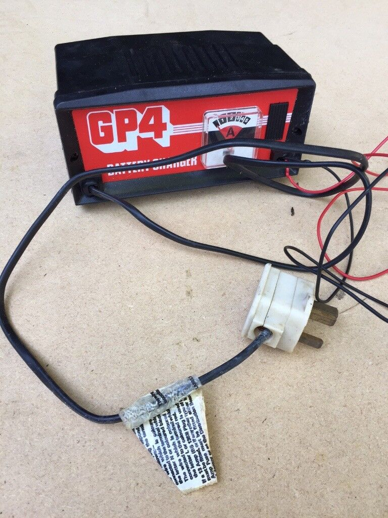 Halfords Gp4 Battery Charger In Taplow Berkshire Gumtree