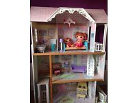 Dolls House with or without dolls