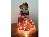 Vintage table lamp - porcelain doll