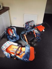 Very good condition Cosatto Giggle 2 push chair & baby car seat, low price for quick sale