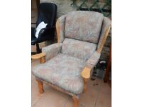 2 seater sofa & 2 chairs