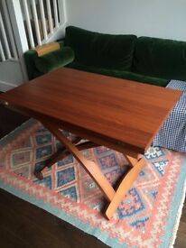 Calligaris Mascotte Table in Walnut - In great condition