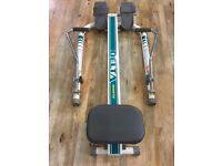Home fitness rowing machine