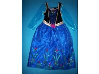 Disney Frozen Ana & Elsa Dressing Up Outfits Age 5-6 Years IP1