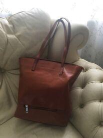 leather bag - Laura Biaggi