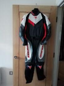 Women's Dainese Motorbike Leathers (2pc) size 6/8(44)